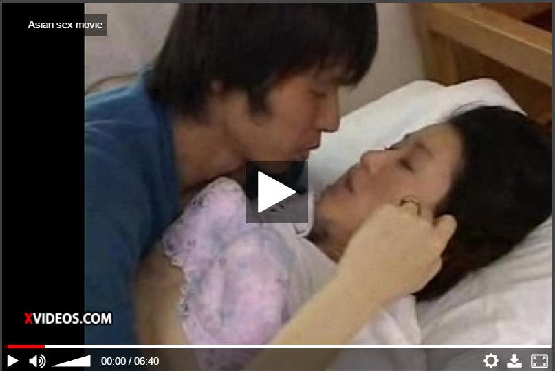 【母子相姦動画】感度が良過ぎるお母さんの子宮を掻き回す息子!完全に蕩けてしまいSEXに没頭した人妻!
