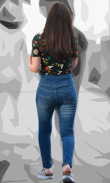 ■ ■vol302-ヒップラインが露わになるタイトデニムパンツ