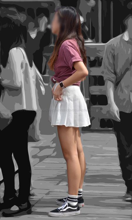 ■ ■vol296-ミニスカ姿のキレイな生美脚