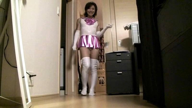 美少女戦士セーラームーンコスプレをしたニューハーフ美女の自宅に遊びに行きましたww