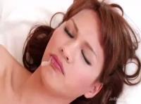 【エフシーツーアだる動画】美しいハーフ顔のニューハーフお姉さんの3Pセックス!!