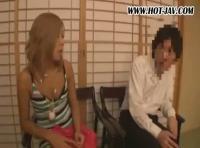 【黒ギャル人気動画】渋谷で遊ぶのが大好きなギャルが男性を逆ナンしてハメ撮りしちゃう!!!