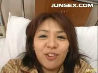 【ジョセイムケ動画しゅかーる】入院中の彼女のお見舞いにやって来た彼氏が彼女をチンポで癒しちゃう!