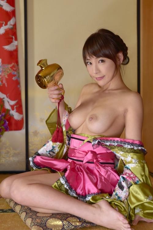 AV女優 美乳おっぱい エロ画像 16