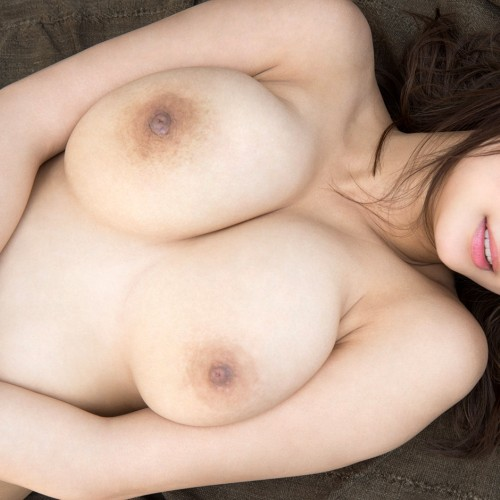 AV女優 美乳おっぱい エロ画像