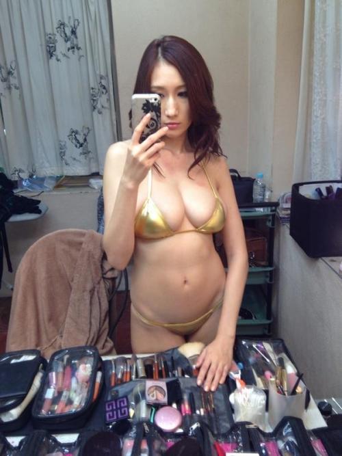 AV女優 おっぱいの谷間 Twitter画像 15