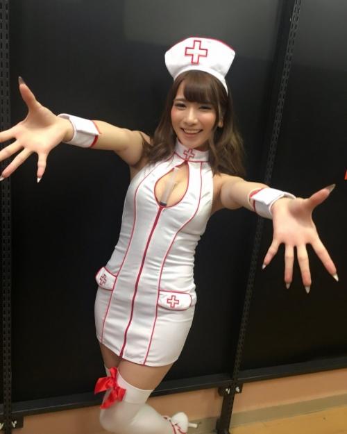 AV女優 おっぱいの谷間 Twitter画像 35