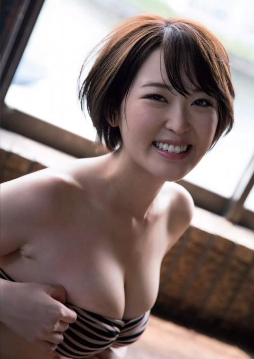 クラビアアイドル おっぱい エロ画像 09