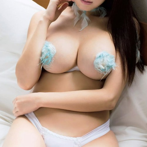 クラビアアイドル おっぱい エロ画像