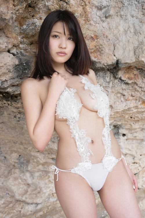 グラビアアイドル 下乳 26
