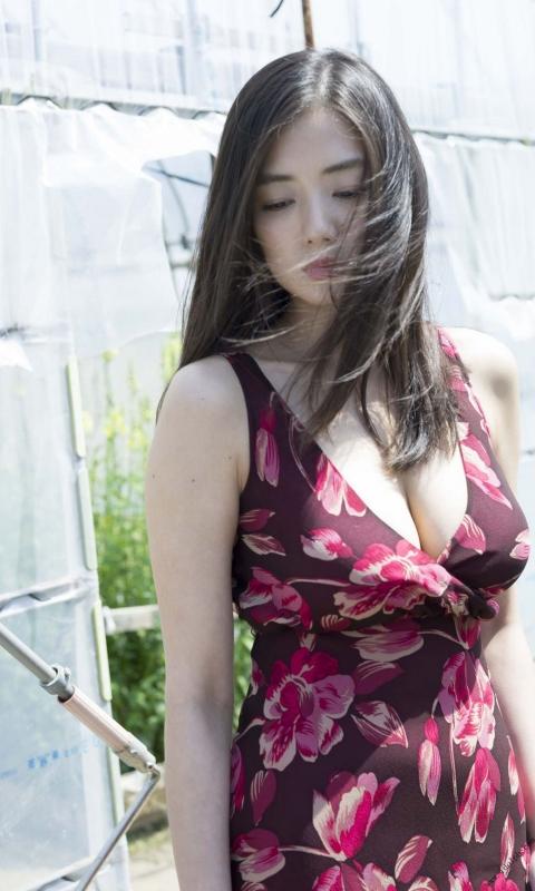 片山萌美 01