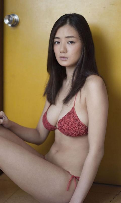 片山萌美 16