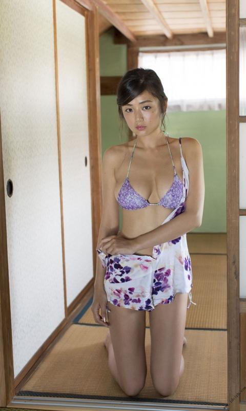 片山萌美 30