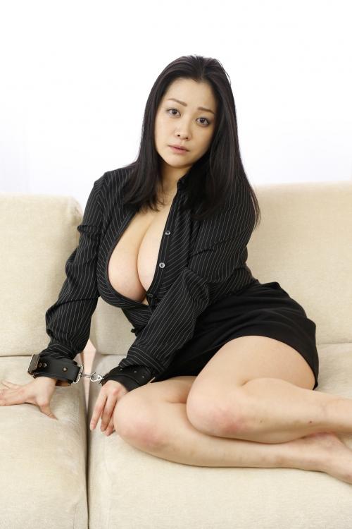 小向美奈子 『花弁と大蛇』  05