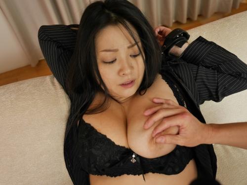 小向美奈子 『花弁と大蛇』  08