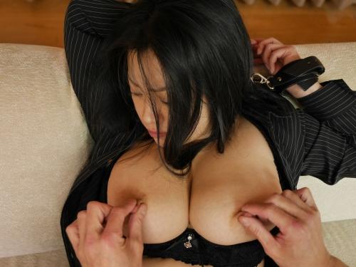 小向美奈子 『花弁と大蛇』  09