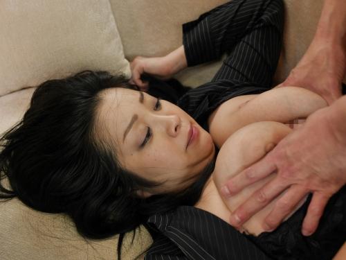 小向美奈子 『花弁と大蛇』  29