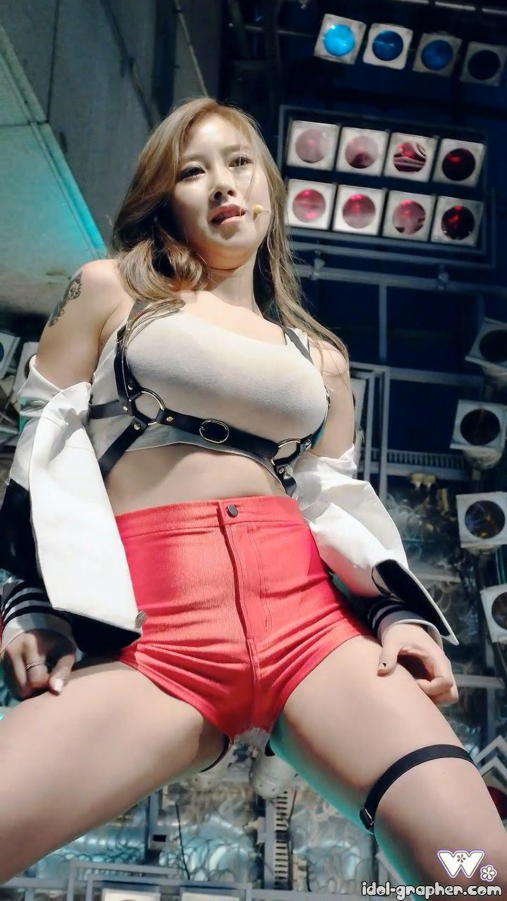 K-POP パンチラ エロ画像