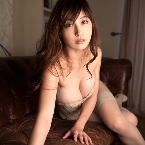 熊田曜子(34)お乳が肥大化、凄い垂れ美巨乳Jカップ