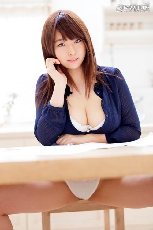 裸神 松本菜奈実 02