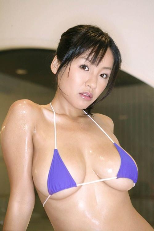 マイクロビキニ 09