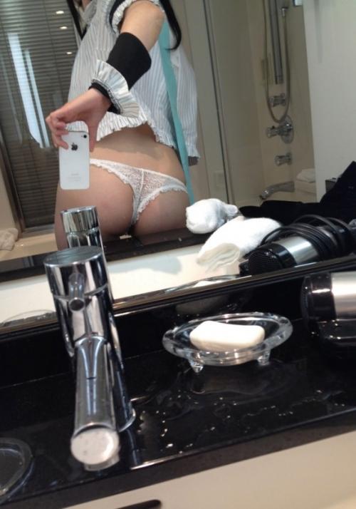 鏡 ヌード 12