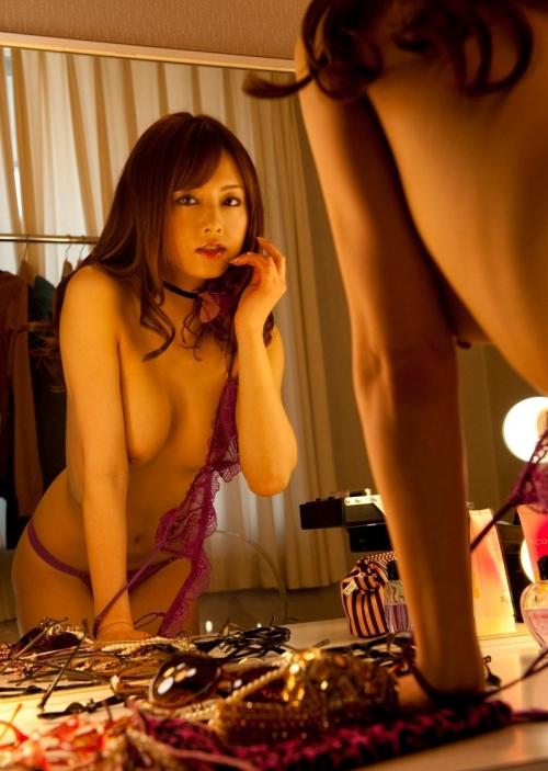 鏡 ヌード 46