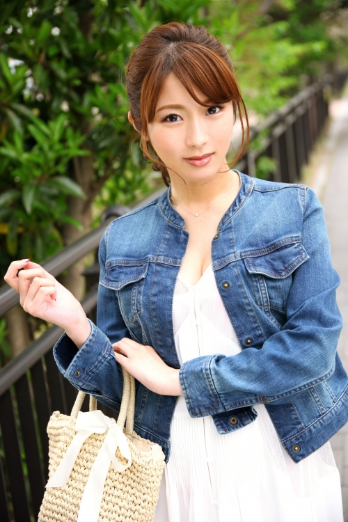 MGS動画 募集ちゃん ~求む。一般素人女性~ りほ(二ノ宮リホ) 22歳 建設会社勤務 261ARA-189 01