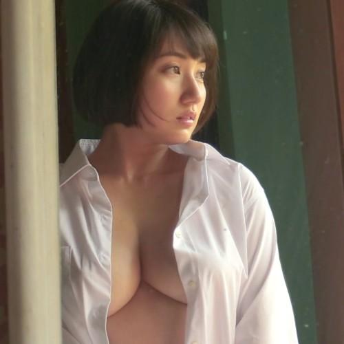 紗綾 Gカップ乳がパンパンで団地妻のような色気 『今、愛してくれますか?』