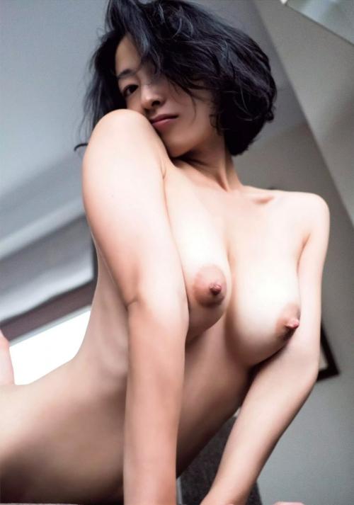 佐藤寛子 16