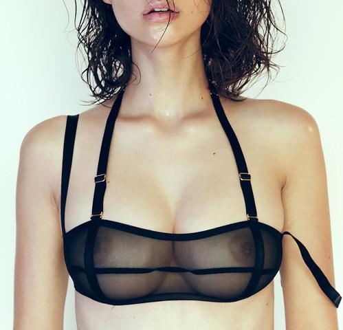 なかなかの美巨乳!ファッションモデルさんの透け乳エロ画像