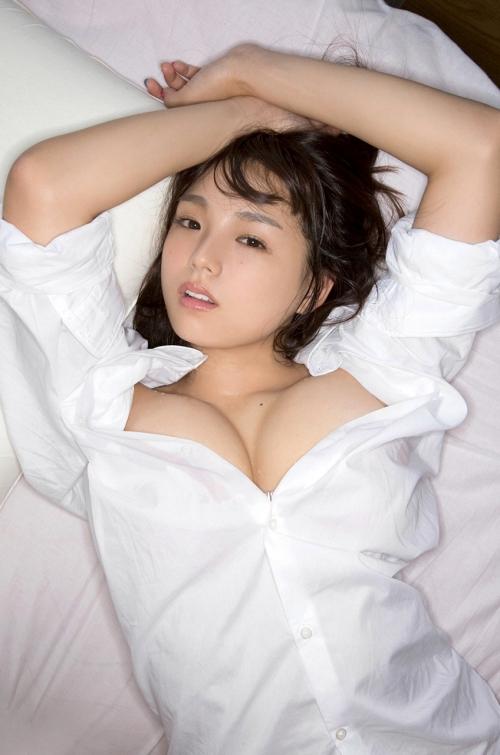 裸Yシャツ 篠崎愛 49