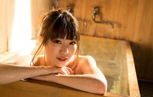 鈴村あいり お風呂 21