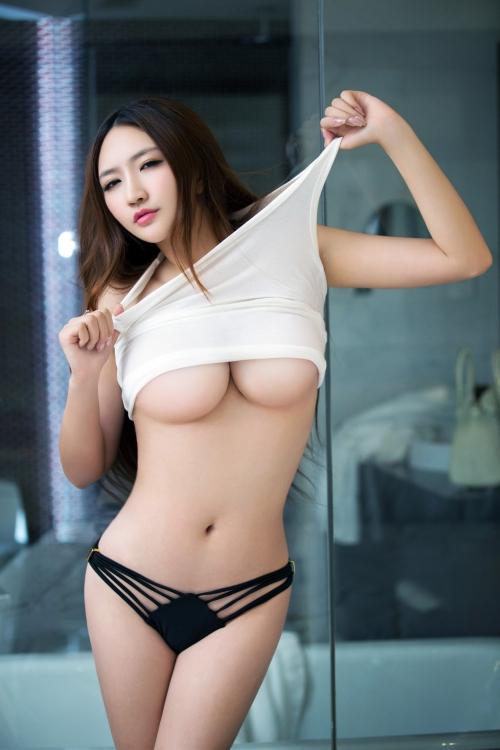 中国系 おっぱい 18