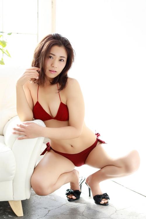 安枝瞳 04