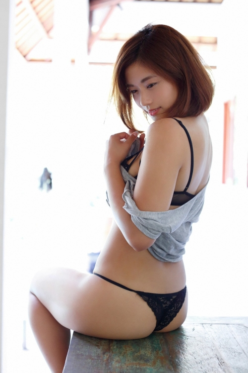 安枝瞳 29