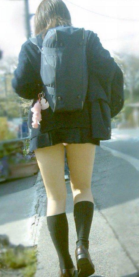 カバンでスカートが 46