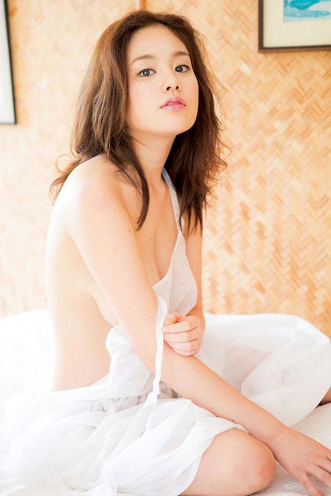 筧美和子のヌード 232-8