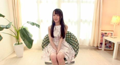 【新作】Hが大好きなアイドルの卵!19歳のパイパン美少女奇跡のAVデビュー もも 2