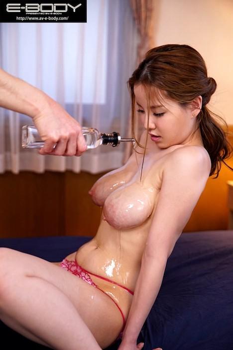【新作】母乳促進マッサージで中出し不倫にハマる人妻 結月恭子 4