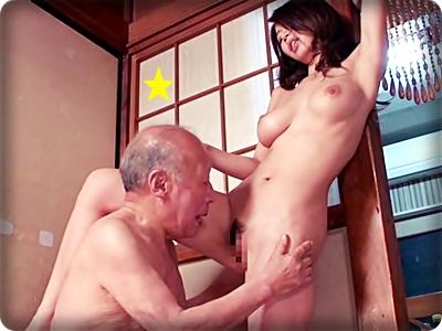 【ドラマ/篠田あゆみ】媚薬を誤飲した義父の暴走チ●ポに襲われる介護嫁||