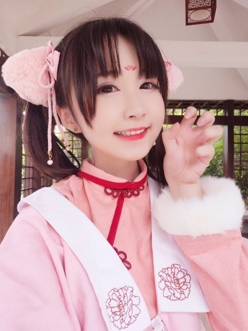 Aliga-china-cosplay-cosplayer-kawaii-bishoujo-21.jpg