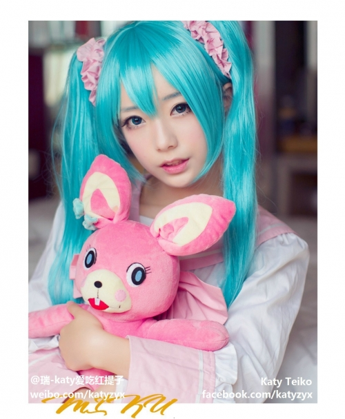Katy-Teiko-china-cosplayer-bishoujo-11.jpg