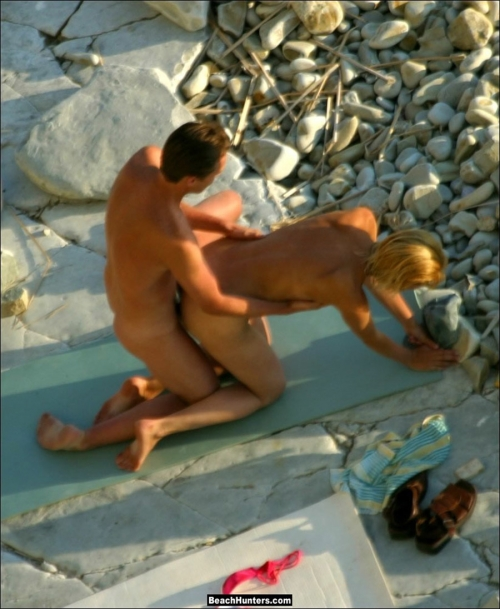 beach-sex-nudist-gaijin-erogazou-05.jpg