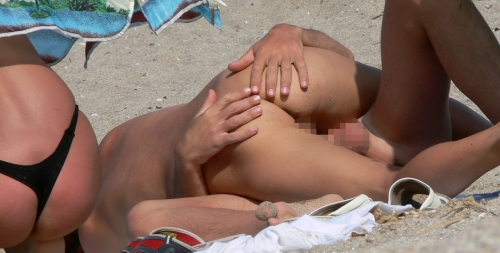 beach-sex-nudist-gaijin-erogazou-36.jpg