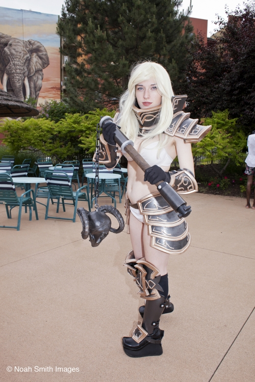 kaigai-cosplay-anime-game-collossalcon-photo-44.jpg