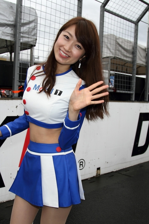 race-queen-companion-cangal-bijin-25.jpg