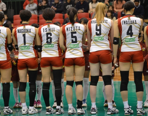 valley-ball-josi-muchimuchi-futomomo-puriketu-osiri-ero-07.jpg