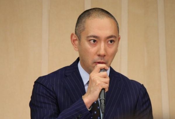 【エンタメ画像】【驚愕】市川海老蔵さん、新しいファミリーを報告「今日から一緒に暮らします」