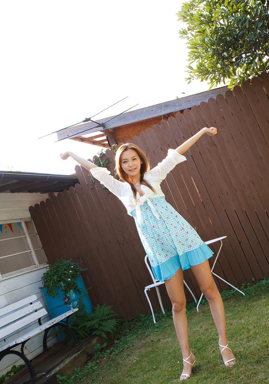【No.32166】 綺麗なお姉さん / 丘咲エミリ